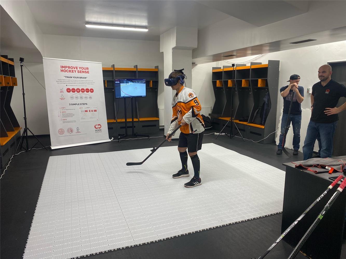 Hráči HK Mládež Michalovce trénovali hokej vo virtuálnej realite